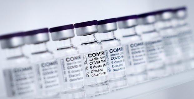 Pfizer et biontech deposent une demande dans l'ue pour leur vaccin chez les adolescents