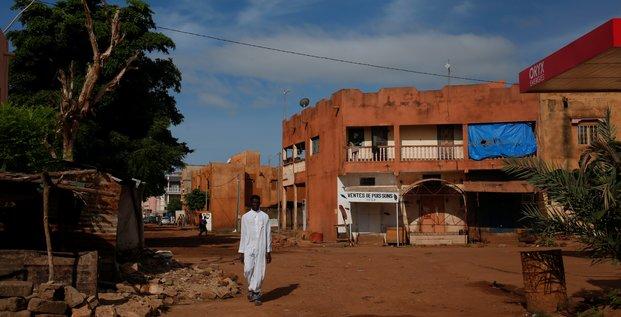 Un journaliste francais dit dans une video avoir ete enleve au mali
