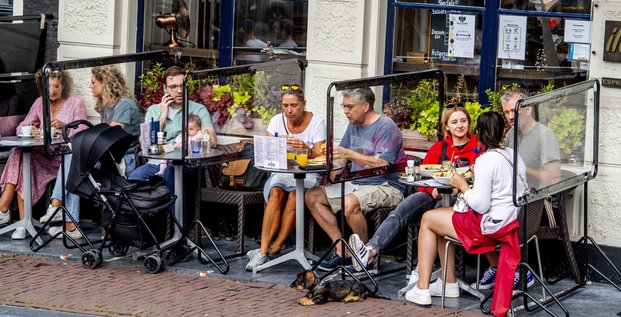 terrasses, Amsterdam, plexiglas, cloisons