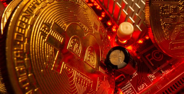 Le bitcoin poursuit sa chute