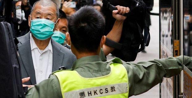 Hong kong : les banquiers de jimmy lai menaces de prison s'ils s'occupent de ses comptes