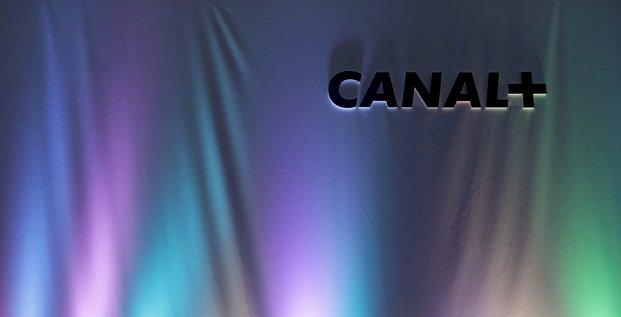 Canal+ va commercialiser disney+ en france a partir de fin mars, selon les echos