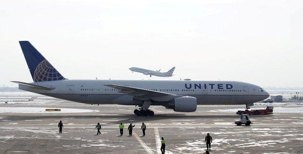 United airlines commande 200 boeing et 70 airbus