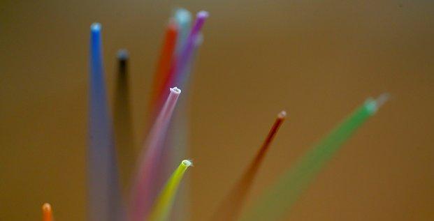 En 2019, la fibre a porte les investissements dans le secteur francais des telecoms, selon l'arcep