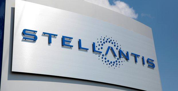Stellantis prolonge les arrets de production en europe a cause des puces