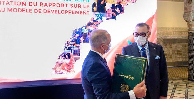 roi mohammed VI et Benmoussa