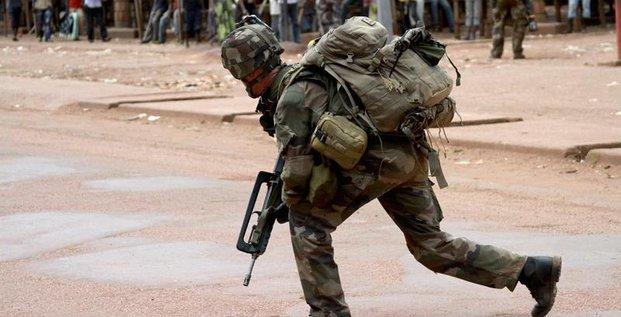Coups de feu entre l'armée française et la Séléka à Bangui