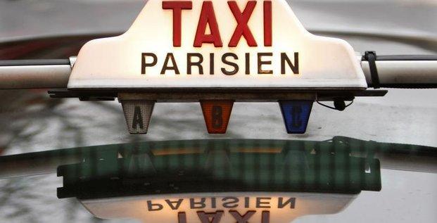 Les taxis remportent la mise face aux voitures avec chauffeur