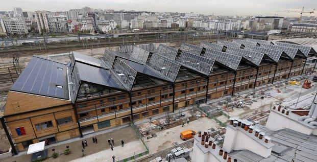 Le toit de la Halle Pajol à Paris, en Avril 2013.