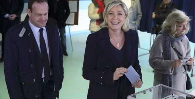 Le FN en passe de gagner son pari aux municipales