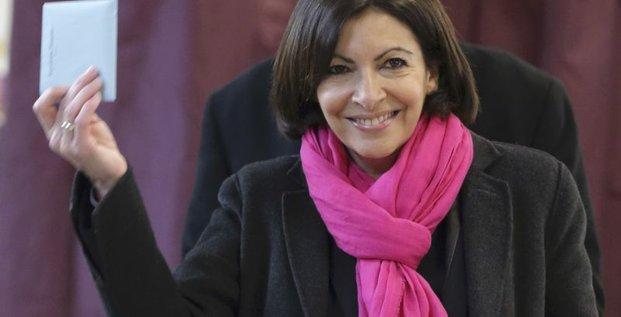 Anne Hidalgo en ballottage favorable à Paris