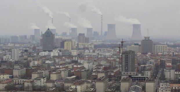 Les industries polluantes priment encore trop en Chine, dit Pékin