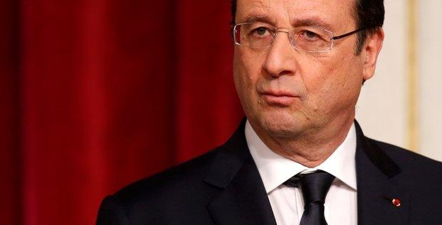 François Hollande remonte de 3 points après le remaniement