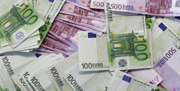 Manuel Valls annonce un milliard d'euros de baisse d'impôt