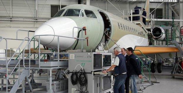 Dassault lance le 8X, son 2e nouveau jet depuis l'automne