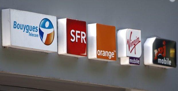 L'Arcep ouvre une enquête sur les quatre opérateurs français