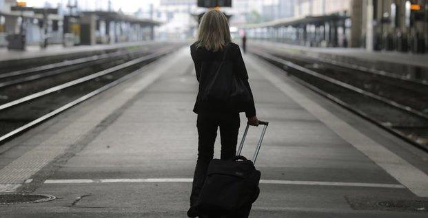 Le PDG de la SNCF appelle à la reprise du travail