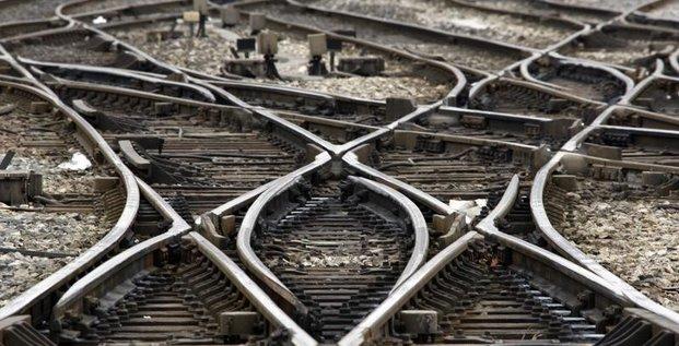 Un passager dans un état critique après la collision TGV-RER