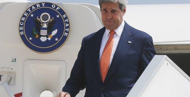 Des responsables US volent au secours de Kerry critiqué en Israël
