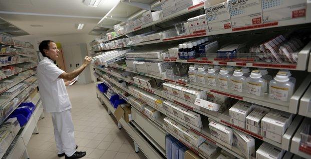 PUI, Pharmacie hospitalière, Pharmacie à usage intérieur PUI, France, pharmacien, médicament, pillule, santé, chimiothérapie,