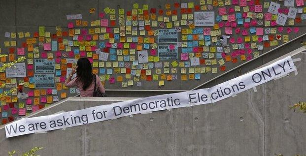 Le gouvernement de Hong Kong appelle à la fin du mouvement