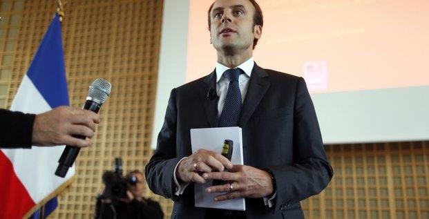 Emmanuel Macron veut soigner les maux de l'économie française