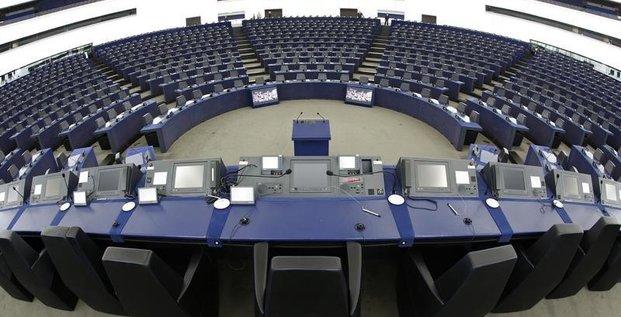 L'UKIP et le M5S perdent leur groupe au Parlement européen