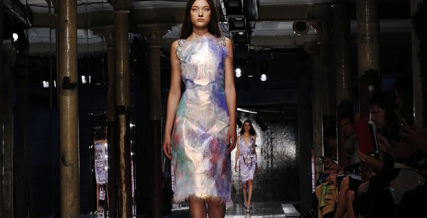 Défilé de mode (septembre 2013) pour la marque Christopher Kane