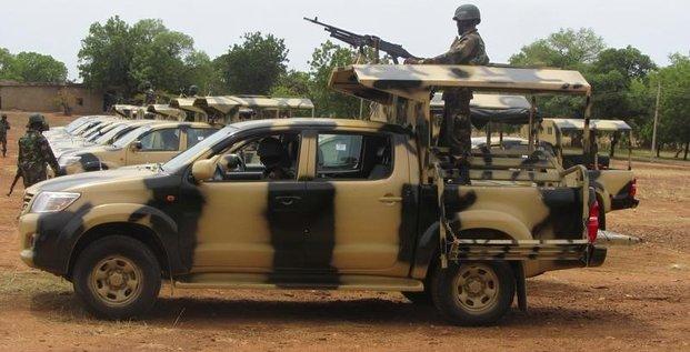 L'armee nigeriane tente de reprendre a boko haram la ville de monguno, dans le nord-est du pays