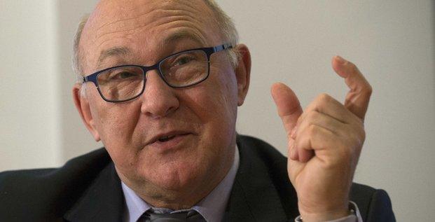 Michel sapin estime que la grece a besoin de paris et berlin pour un accord
