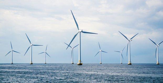 Cinq à dix éoliennes flottantes envisagées en Méditerranée