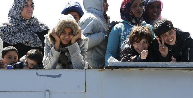 Une action collective de l'ue est necessaire sur la question des migrants, estime matteo renzi