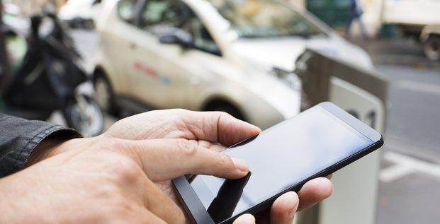 Stationnement : Paris généralise le paiement par smartphone