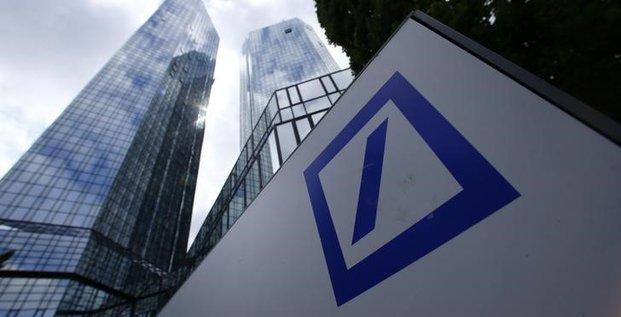 Les resultats trimestriels de deutsche bank conformes aux attentes
