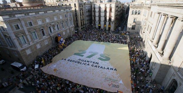 Catalogne indépendance annonce de Artur Mas du référendum le 27 septembre 2015 élections régionales