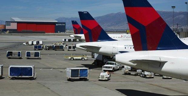 Le benefice trimestriel de delta air lines meilleur que prevu