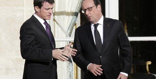 Francois hollande en president et manuel valls a la manoeuvre