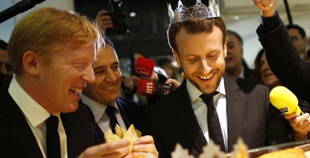 Macron Couronné à Beaugrenelle