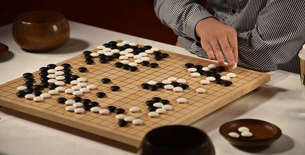 Fan Hui battu par AlphaGo au jeu de go