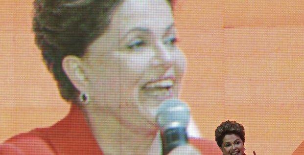 Rousseff candidate officielle du PT à la présidentielle au Brésil