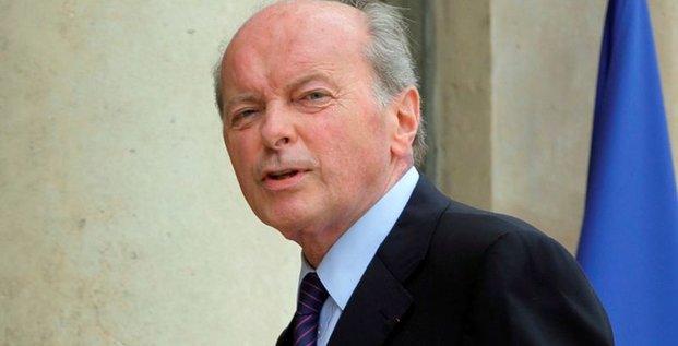 Jacques toubon appelle a un large debat sur les lois antiterroristes