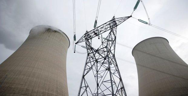 Segolene royal prete a prolonger la duree de vie des centrales nucleaires