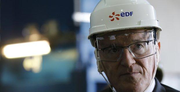 Le directeur général d'EDF Jean-Bernard Levé en visite à la centrale nucléaire de Civaux, le 17 mars 2017