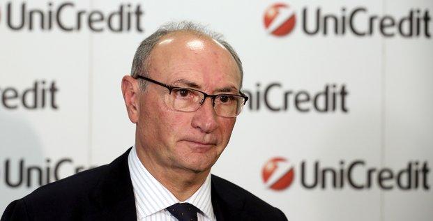 Le CEO directeur général d'UniCredit Federico Ghizzoni à Milan (Italie) le 9 février 2016
