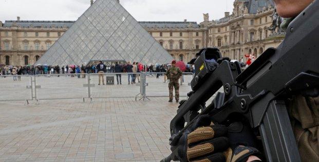 La loi antiterrorisme adoptee