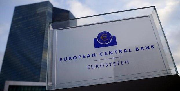 La bce retablit l'acces des banques grecques a ses operations