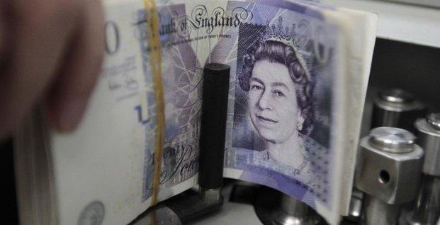 La livre malmenee face au dollar