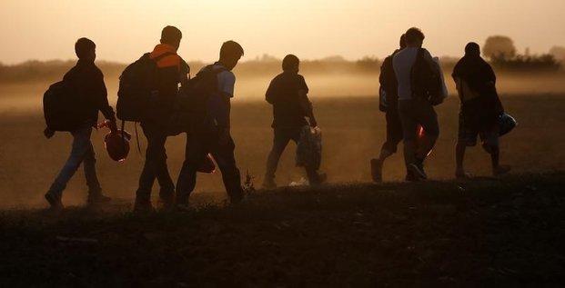 Plus de 3.000 migrants arretes en un mois en serbie