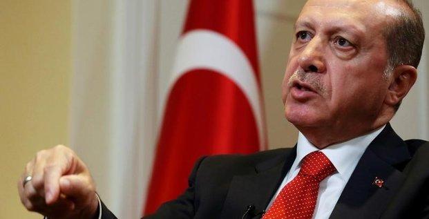 Erdogan plaide pour une prolongation de l'etat d'urgence