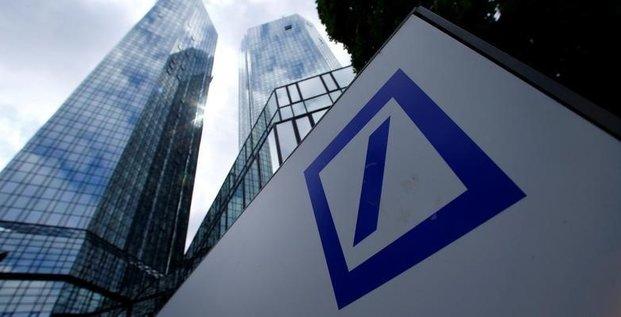 Le gouvernement allemand dement preparer un plan d'aide pour deutsche bank